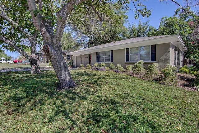 7720 Gaston Avenue, Fort Worth, TX 76116 (MLS #14649307) :: Real Estate By Design