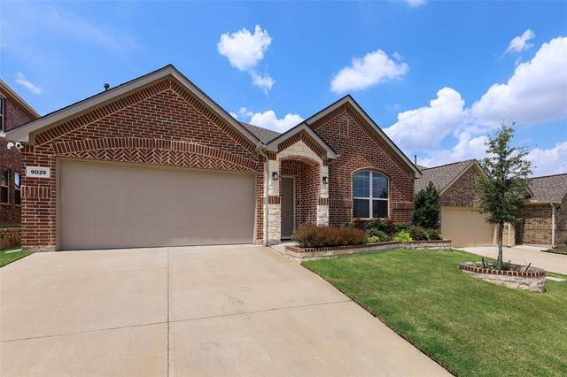 9029 Bronze Meadow Drive, Fort Worth, TX 76131 (MLS #14652363) :: Russell Realty Group