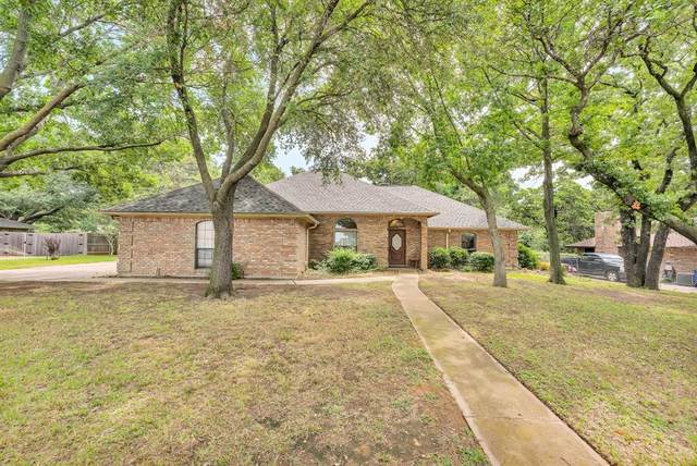 125 SW Alsbury Boulevard, Burleson, TX 76028 (MLS #14653916) :: Real Estate By Design