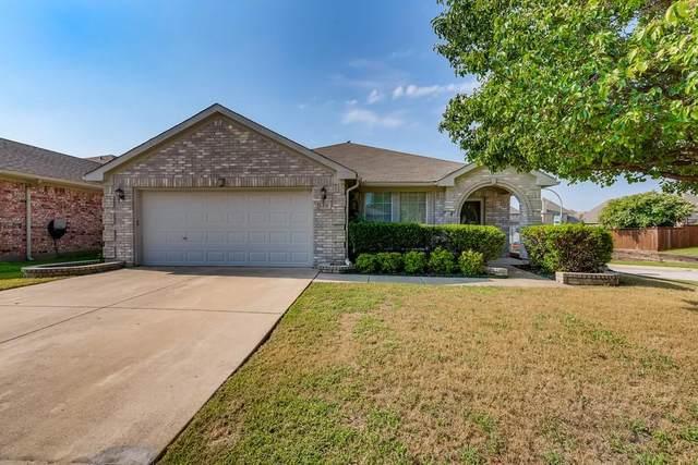 8400 Bowspirit Lane, Fort Worth, TX 76053 (MLS #14658983) :: Craig Properties Group