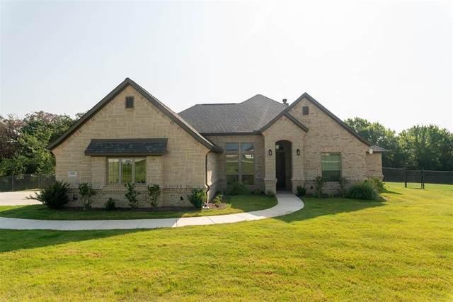 332 Trinity Avenue, Azle, TX 76020 (MLS #14663455) :: Real Estate By Design