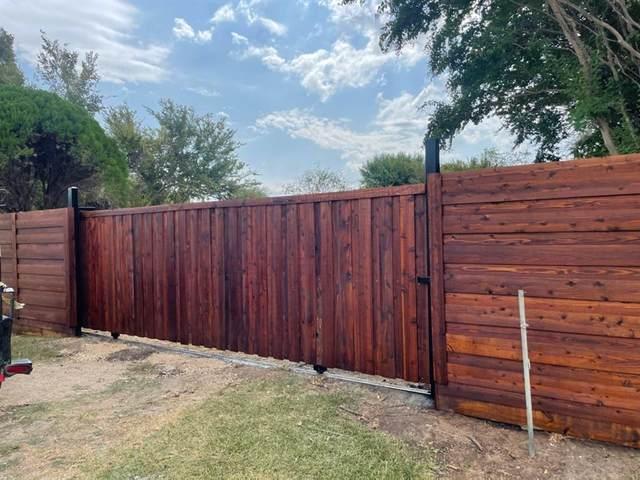 1713 Corral Road, Grand Prairie, TX 75052 (MLS #14663497) :: KW Commercial Dallas