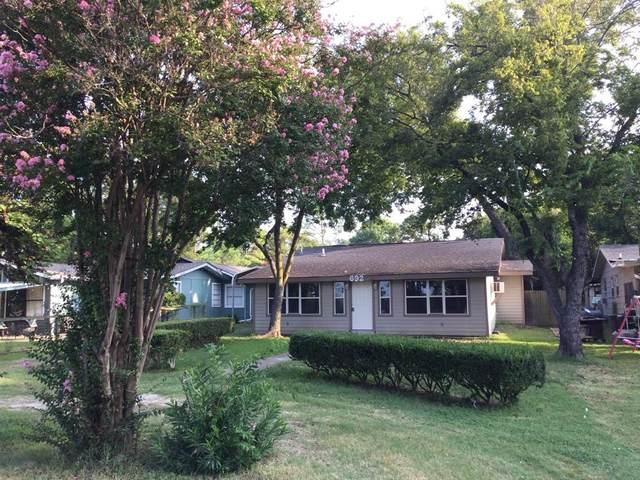 692 Old Mill Lane, East Tawakoni, TX 75472 (MLS #14663507) :: Real Estate By Design