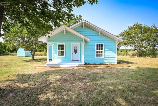 151 County Road 1102, Rio Vista, TX 76093 (MLS #14663656) :: The Mauelshagen Group