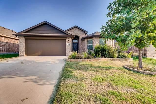 608 River Rock Drive, Azle, TX 76020 (MLS #14664055) :: Maegan Brest | Keller Williams Realty