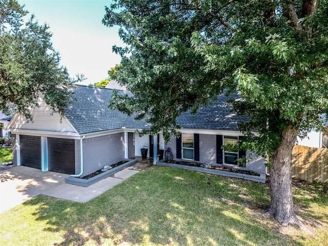 507 Harrington Lane, Euless, TX 76039 (MLS #14664496) :: Real Estate By Design