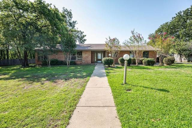 3660 Clarksville Street, Paris, TX 75460 (#14668548) :: Homes By Lainie Real Estate Group