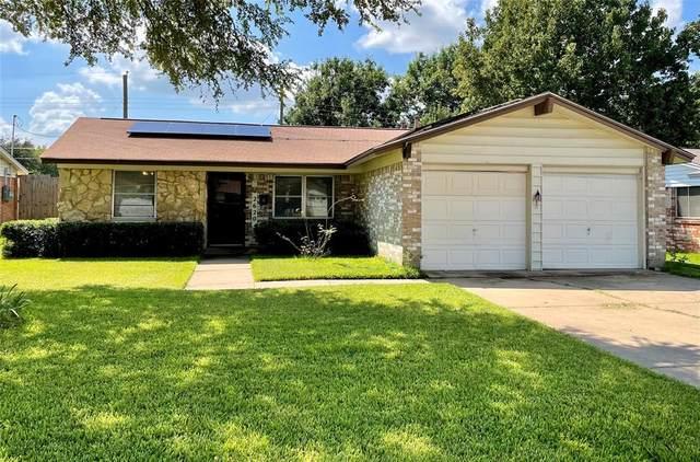 2620 Burning Tree Lane, Irving, TX 75062 (MLS #14669755) :: Craig Properties Group