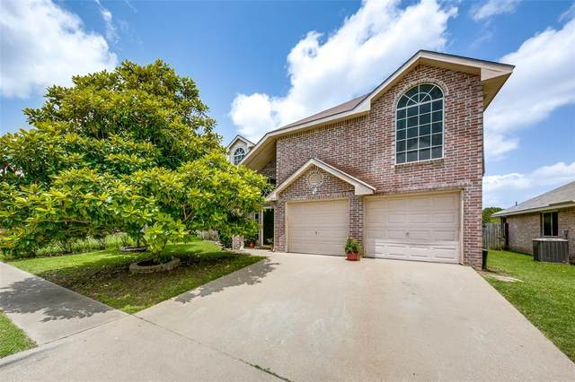 313 Pebblebrook Lane, Glenn Heights, TX 75154 (MLS #14673982) :: The Mitchell Group