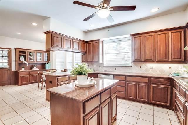 2817 Woods Lane, Garland, TX 75044 (MLS #14680623) :: Real Estate By Design