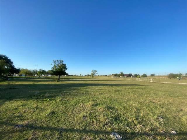 7301 Veal Station Road, Azle, TX 76020 (MLS #14682387) :: Real Estate By Design