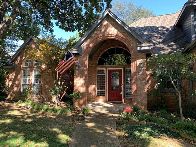 2902 Creekview Circle, Grapevine, TX 76051 (MLS #14685787) :: Real Estate By Design