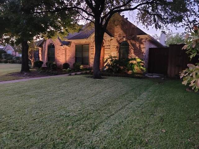 4825 Frost Hollow Drive, Plano, TX 75093 (MLS #14687584) :: Real Estate By Design