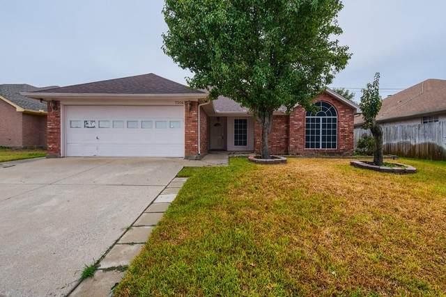 7304 Amber Drive, Watauga, TX 76148 (MLS #14689895) :: Jones-Papadopoulos & Co
