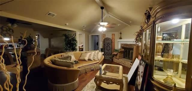 128 Larchbrook Drive, Desoto, TX 75115 (MLS #14691262) :: The Chad Smith Team