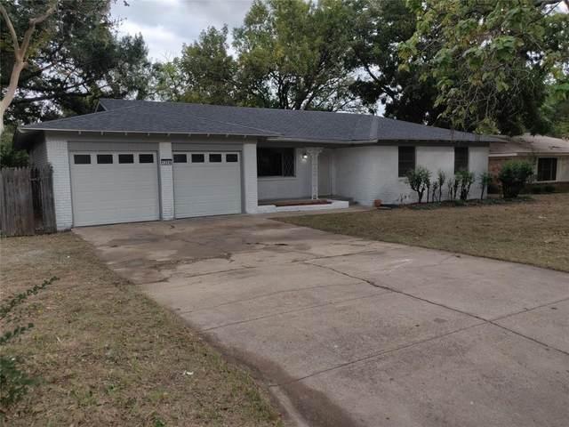 1204 Hurstview Drive, Hurst, TX 76053 (MLS #14691473) :: The Good Home Team