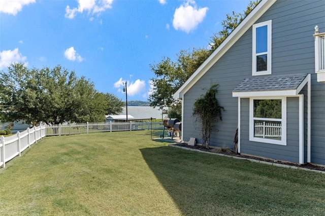 3075 Park Court, Granbury, TX 76048 (MLS #14692011) :: Trinity Premier Properties
