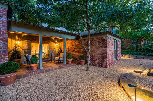 1450 Junior Drive, Dallas, TX 75208 (MLS #14692093) :: HergGroup Dallas-Fort Worth