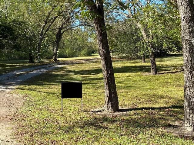 214 Whispering Oaks Street, Tom Bean, TX 75489 (MLS #14692241) :: The Chad Smith Team