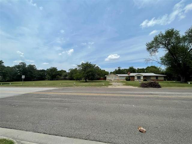 7917 Glenview Drive, North Richland Hills, TX 76180 (MLS #14692460) :: 1st Choice Realty