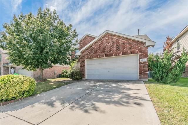5825 Show Master Lane, Fort Worth, TX 76179 (MLS #14693203) :: The Chad Smith Team