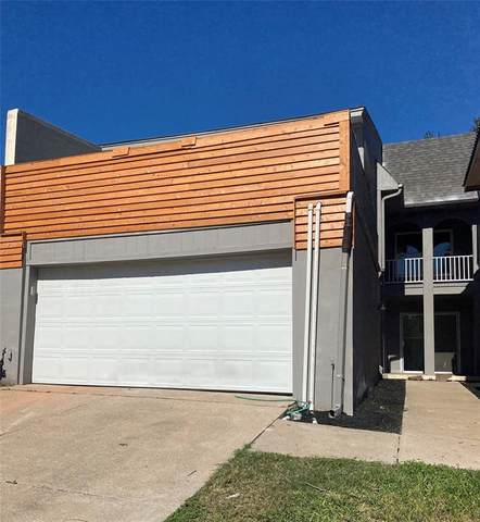 2041 Fleur De Lis Court, Arlington, TX 76012 (MLS #14694342) :: Texas Lifestyles Group at Keller Williams Realty