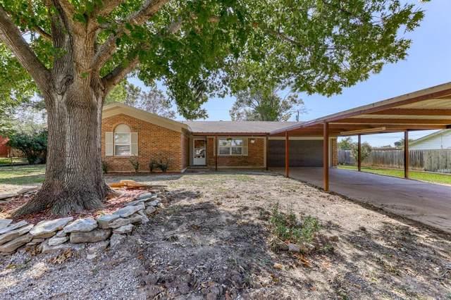 1005 Simpson Drive, Mineral Wells, TX 76067 (MLS #14694456) :: RE/MAX Pinnacle Group REALTORS