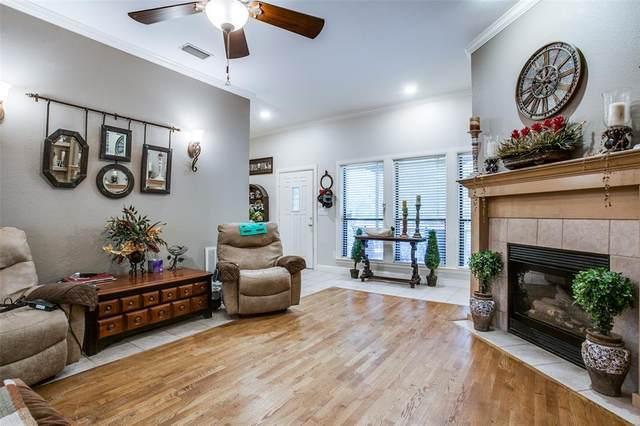 6825 Deer Trail, Quinlan, TX 75474 (MLS #14694861) :: Real Estate By Design