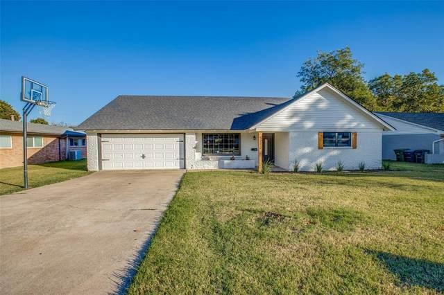 5713 Wharton Drive, Fort Worth, TX 76133 (MLS #14695089) :: Jones-Papadopoulos & Co
