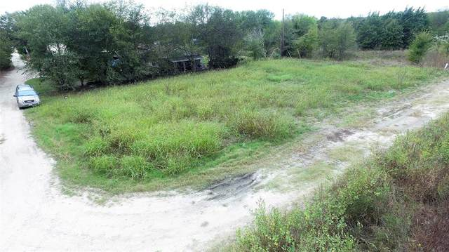 9142 Bouncer Road, Quinlan, TX 75474 (MLS #14698000) :: Real Estate By Design