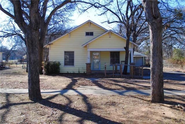 722 Plum, Graham, TX 76450 (MLS #13776390) :: The Paula Jones Team | RE/MAX of Abilene