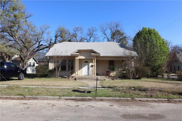 1329 E Pecan Street, Gainesville, TX 76240 (MLS #13777141) :: Team Hodnett