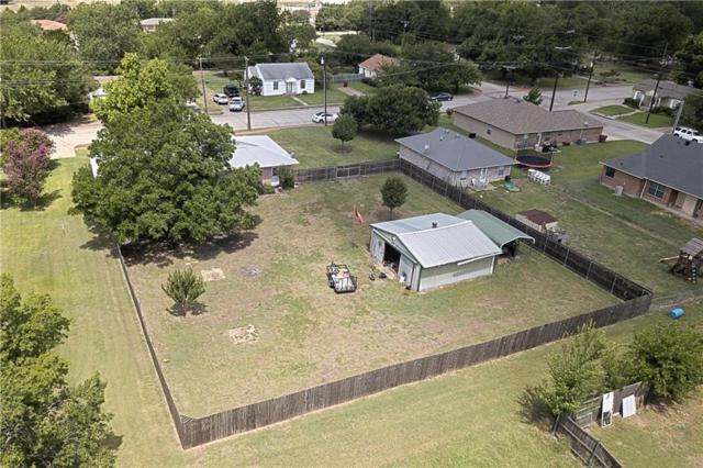 908 N Houston Street, Royse City, TX 75189 (MLS #13882401) :: Frankie Arthur Real Estate
