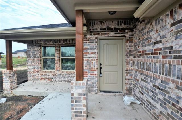 2304 Southridge Lane, Sherman, TX 75092 (MLS #13889301) :: Team Hodnett