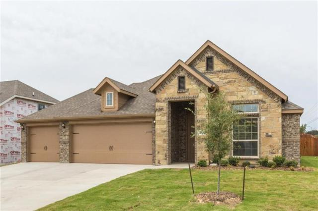 304 Oliver Court, Kennedale, TX 76060 (MLS #13907579) :: Kimberly Davis & Associates