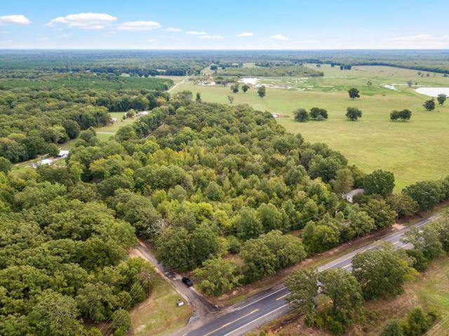 000 Highway 271, Bogata, TX 75417 (MLS #13936084) :: RE/MAX Town & Country