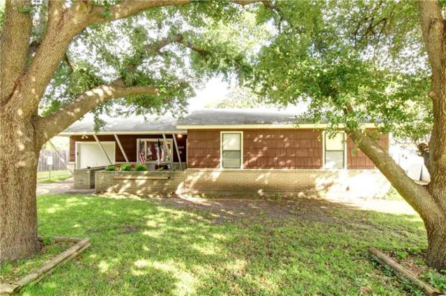 1029 Warden Street, Benbrook, TX 76126 (MLS #13968323) :: RE/MAX Town & Country