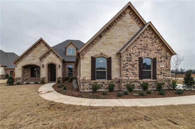 1001 Durango Springs, Fort Worth, TX 76052 (MLS #13968559) :: Kimberly Davis & Associates