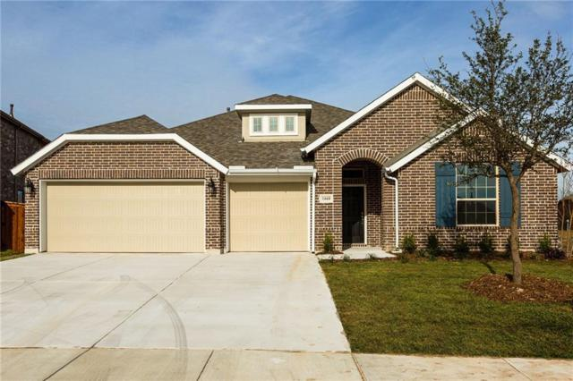 1660 Cedar Crest Drive, Forney, TX 75126 (MLS #13973927) :: RE/MAX Town & Country
