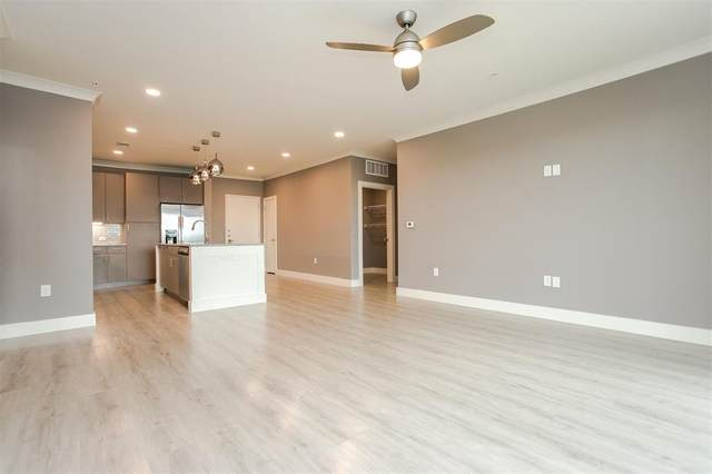 3517 Windhaven Pkwy #2201, Lewisville, TX 75056 (#14030445) :: Homes By Lainie Real Estate Group