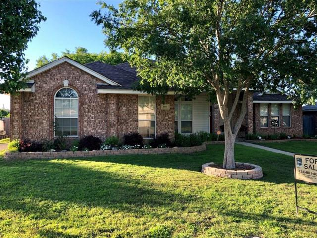 400 Harvest Hill Lane, Venus, TX 76084 (MLS #14040146) :: The Paula Jones Team | RE/MAX of Abilene