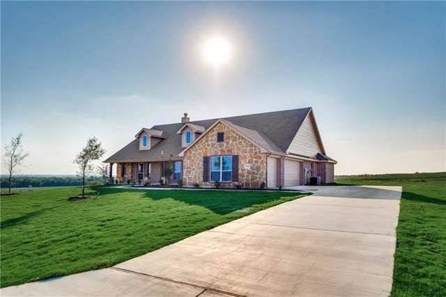 7401 Green Mesa Lane, Ponder, TX 76249 (MLS #14082274) :: Frankie Arthur Real Estate