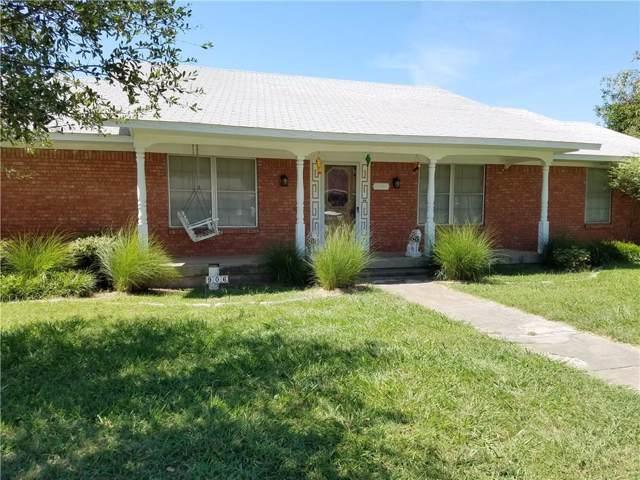 906 Bolivar Street, Sanger, TX 76266 (MLS #14101115) :: Kimberly Davis & Associates