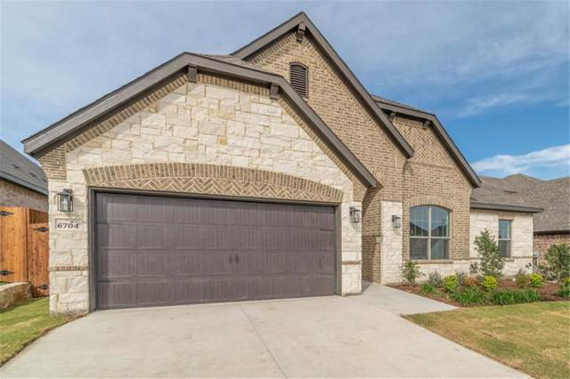 6704 Fire Dance Drive, Benbrook, TX 76126 (MLS #14112657) :: Potts Realty Group