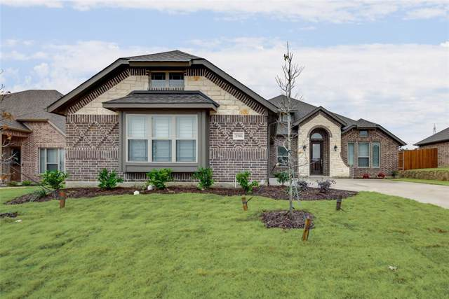 2516 Pinyon Hills Court, Burleson, TX 76028 (MLS #14114864) :: The Mitchell Group
