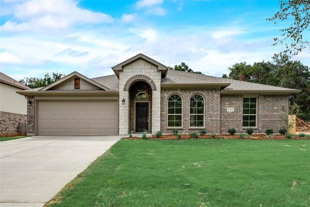 4304 Lucero Drive, Granbury, TX 76048 (MLS #14139754) :: Keller Williams Realty