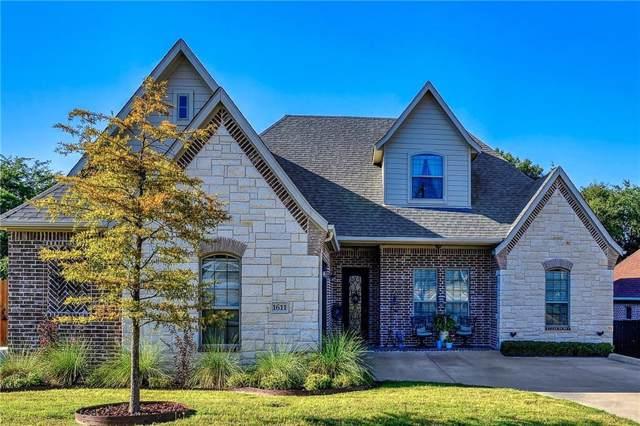 1611 Moreland Drive, Sherman, TX 75090 (MLS #14149337) :: Baldree Home Team