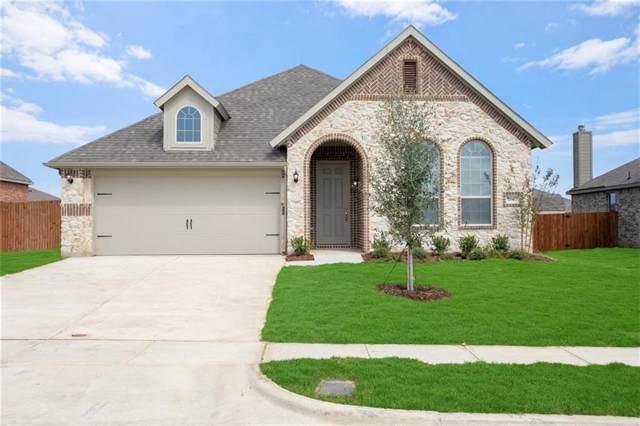 1507 Radecke, Krum, TX 76249 (MLS #14155657) :: RE/MAX Town & Country