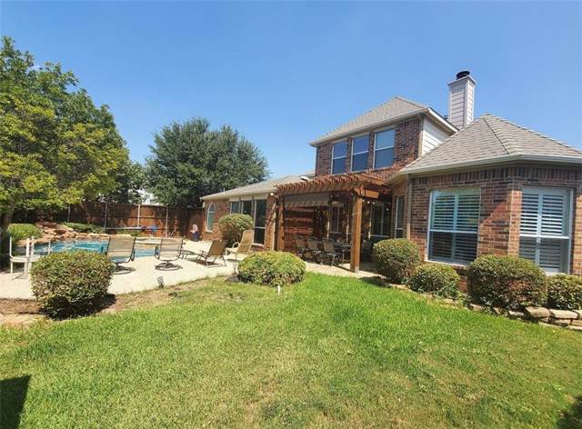 2815 Saint Michael Drive, Mansfield, TX 76063 (MLS #14178859) :: The Tierny Jordan Network
