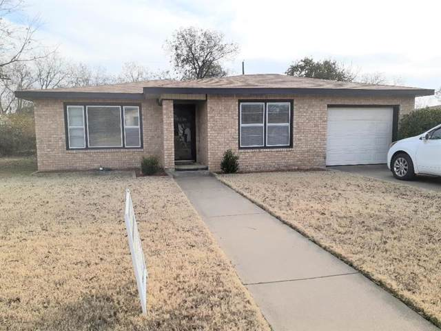 1428 Avenue C, Graham, TX 76450 (MLS #14226634) :: RE/MAX Town & Country